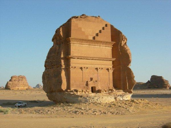 Уникальный дворец Мадаин-Салих, Саудовская Аравия