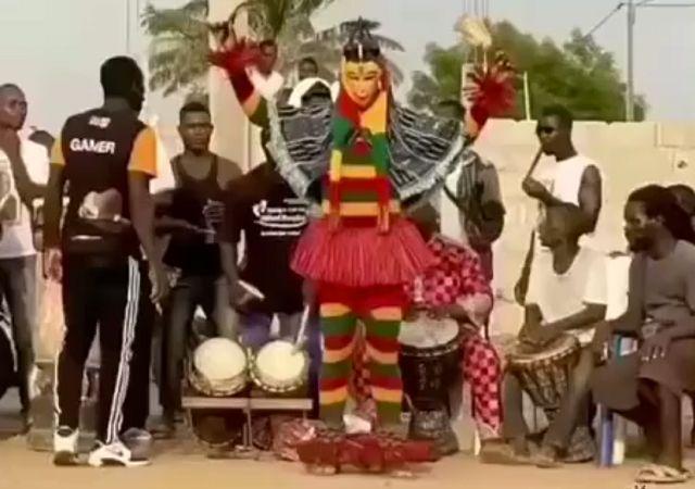 Танцевальная пауза по-африкански