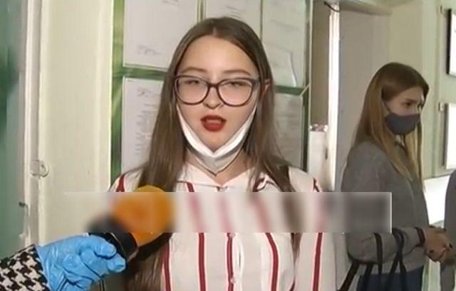Студентов в Нижнем Новгороде вынудили ходить по колледжу босиком