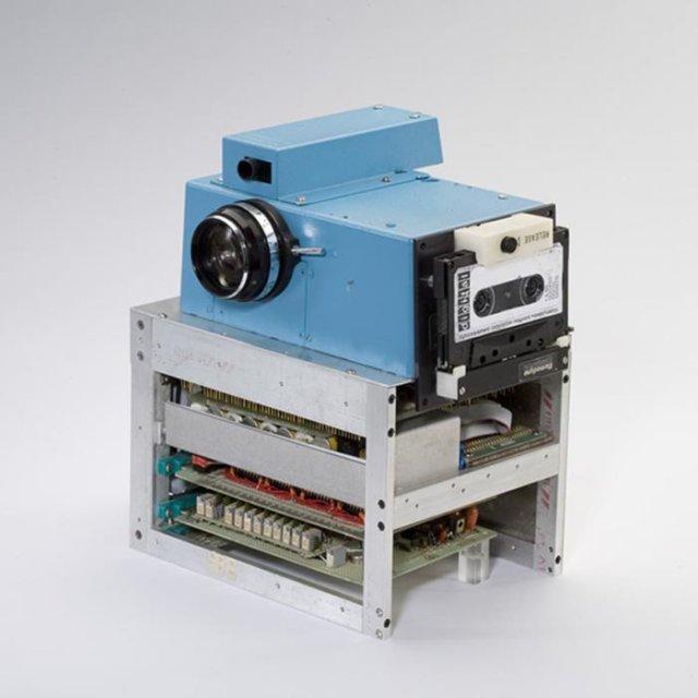 Первая в мире цифровая фотокамера, 1975 год, Рочестер