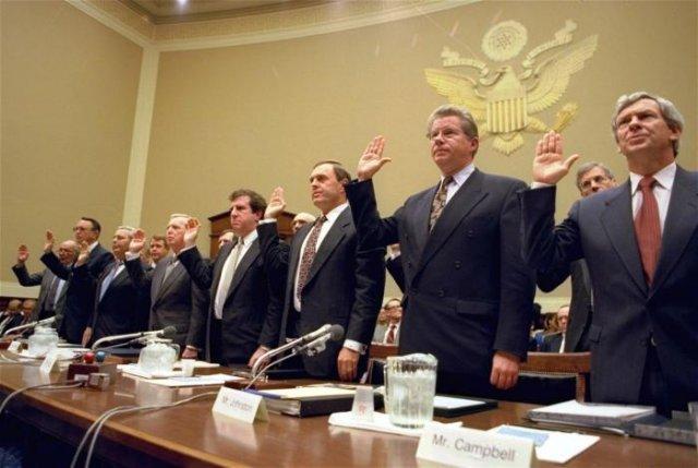 Приведение к присяге руководителей крупнейших сигаретных компаний на слушаниях подкомитета по энергетике, 1994 год, США