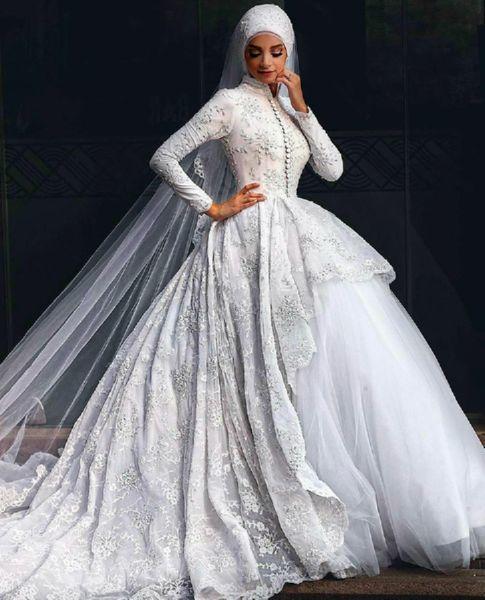 Своими нарядами, эти восточные невесты покорили мир
