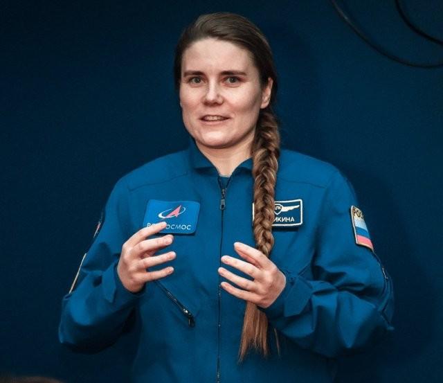 Кукла Барби в образе единственной женщины в отряде космонавтов «Роскосмоса» Анны Кикиной (2 фото)