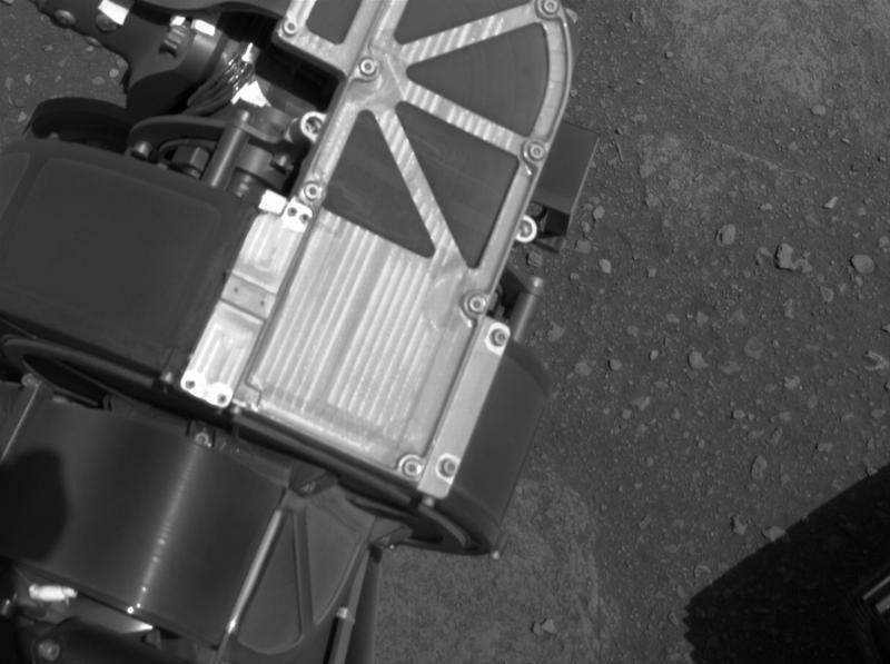 Камеры Navcam помогают марсоходу во время движения