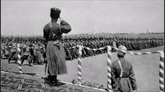 Слаженные и профессиональные действия казаков нередко приводили армию к победе / Фото: 900igr.net