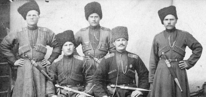 Казака-пластуны были уроженцами Запорожской сечи, версий их названия несколько / Фото: gotps3.ru