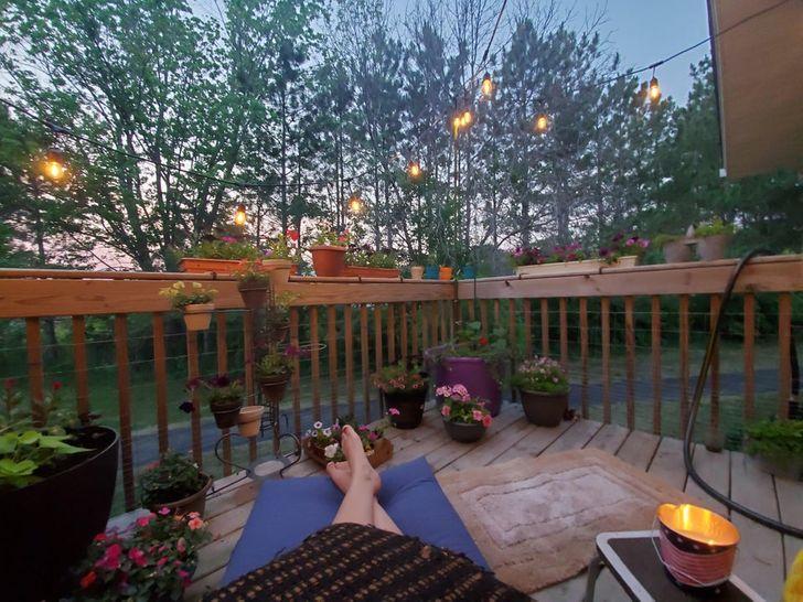16 прекрасных примеров, как обычный балкон превратился в самое уютное и красивое место в квартире