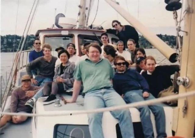 Команда создателей Half-Life до того как игра обрела популярность. 1997 год.