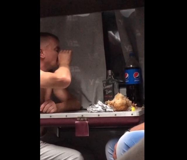 Душевно отдохнул в поезде