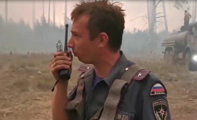 Пожарные в Мордовском заповеднике оказались в огненном кольце