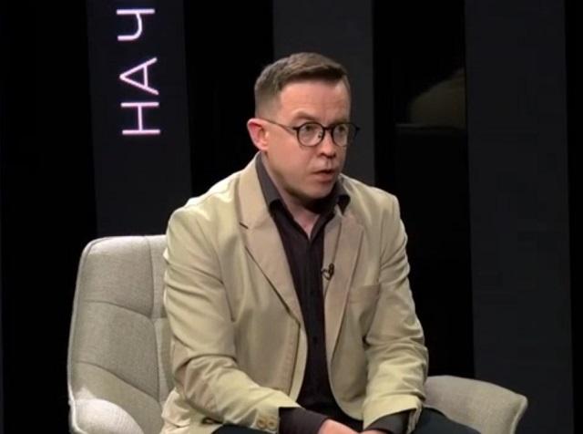 Украинский журналист Остап Дроздов призвал «депортировать всю русню» из Крыма