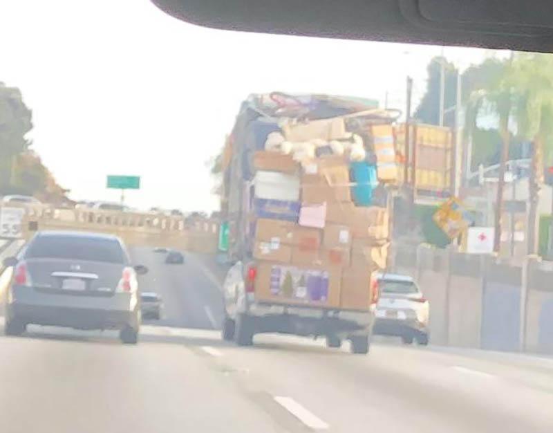 15 владельцев легковушек, которые перепутали их с грузовиками, и такого нагрузили!