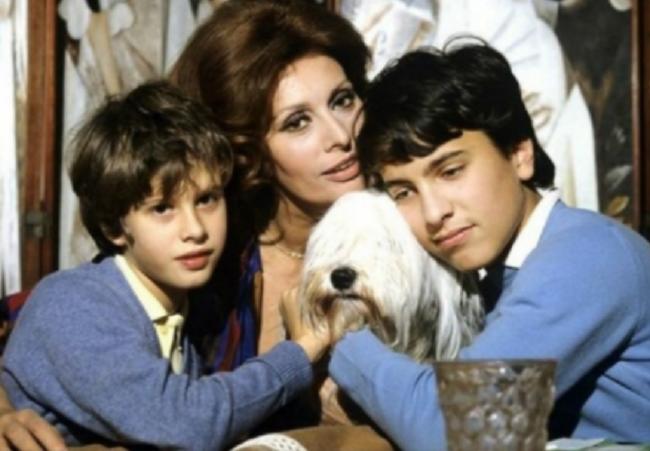 Любящая мать и великая актриса Софи Лорен
