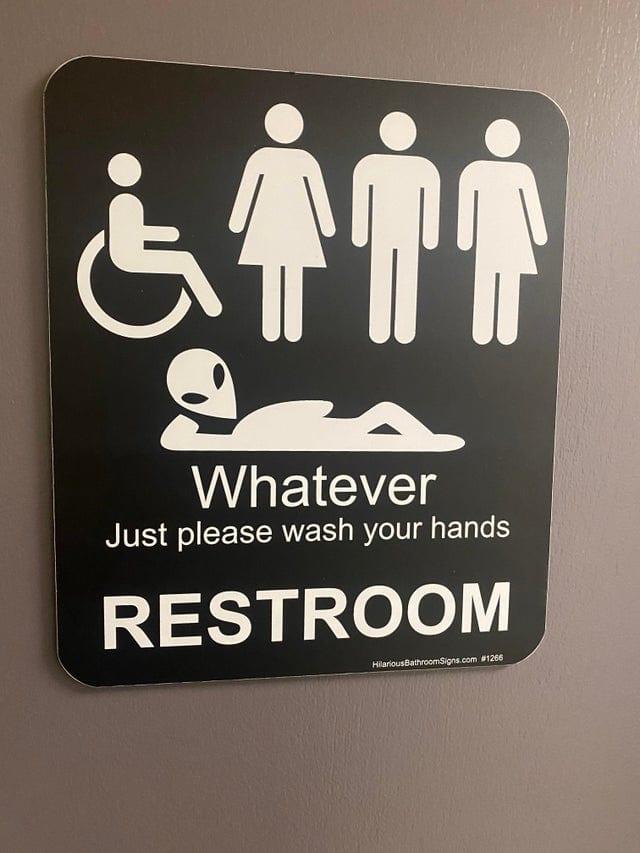 Туалетный вопрос: 19 примеров, какими могут и должны быть общественные уборные