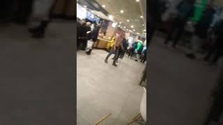 Битва в Макдональдсе!